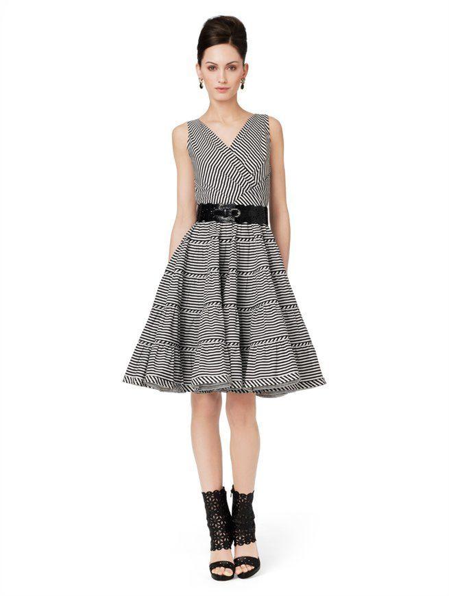 High Fashion Sleeveless Dress with Tiered Skirt