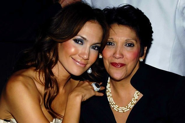 Jennifer Lopez and Guadalupe Rodriguez Mom-Daughter Dyads
