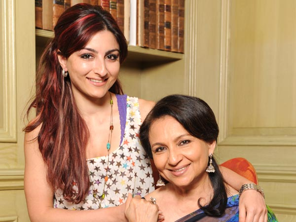 Mother Daughter Duos In Bollywood