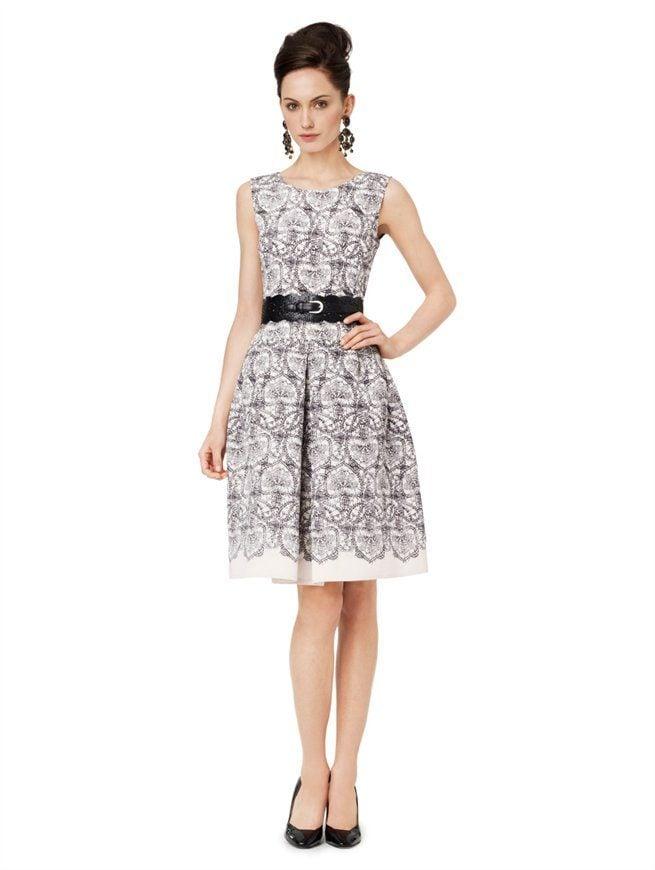 Sleeveless Pleated Dresses