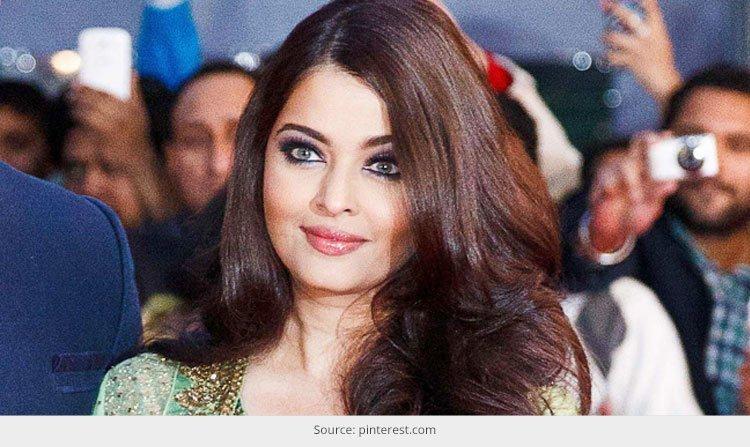 Aishwarya Rai Bachchan In Blue GUCCI GOWN