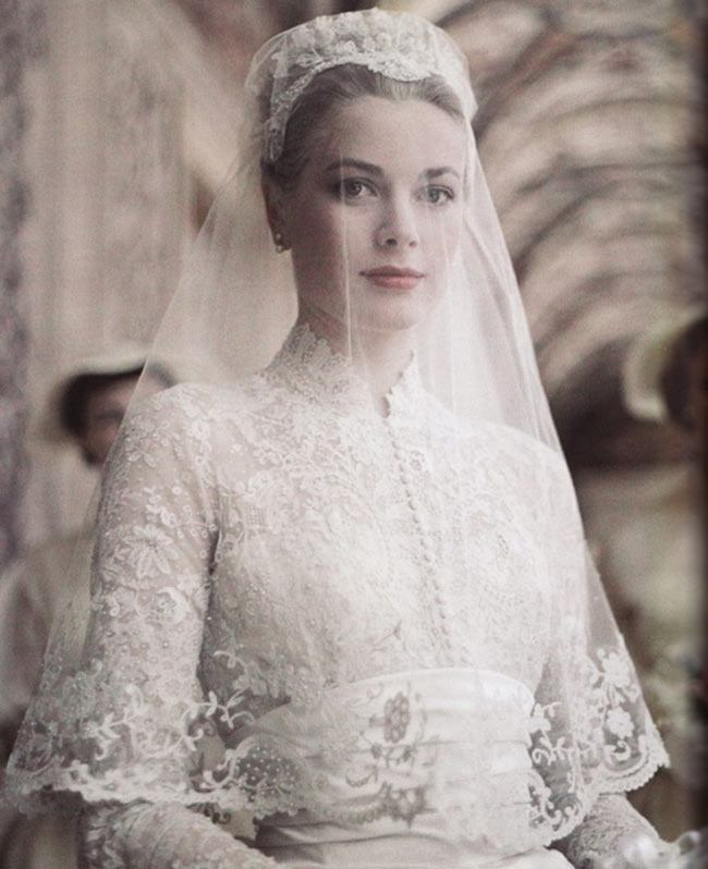 Grace Kelly Wedding Dress In Style