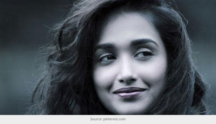 Jiah Khan Bollywood Fashionista