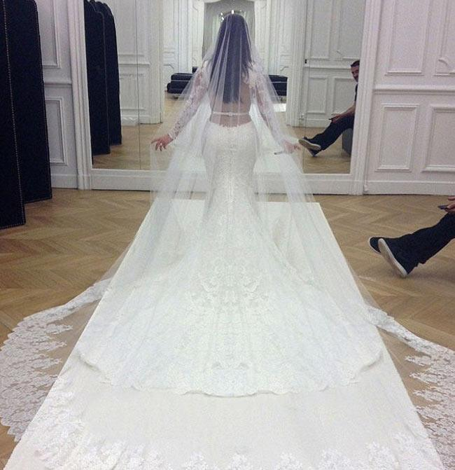 Kim Kardashians Wedding Dress