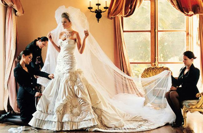 25 most expensive celebrity wedding dresses for Most expensive wedding photographer in the world