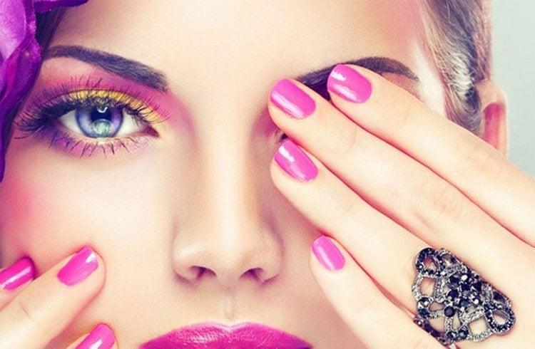 Eye and Lip Tattoo