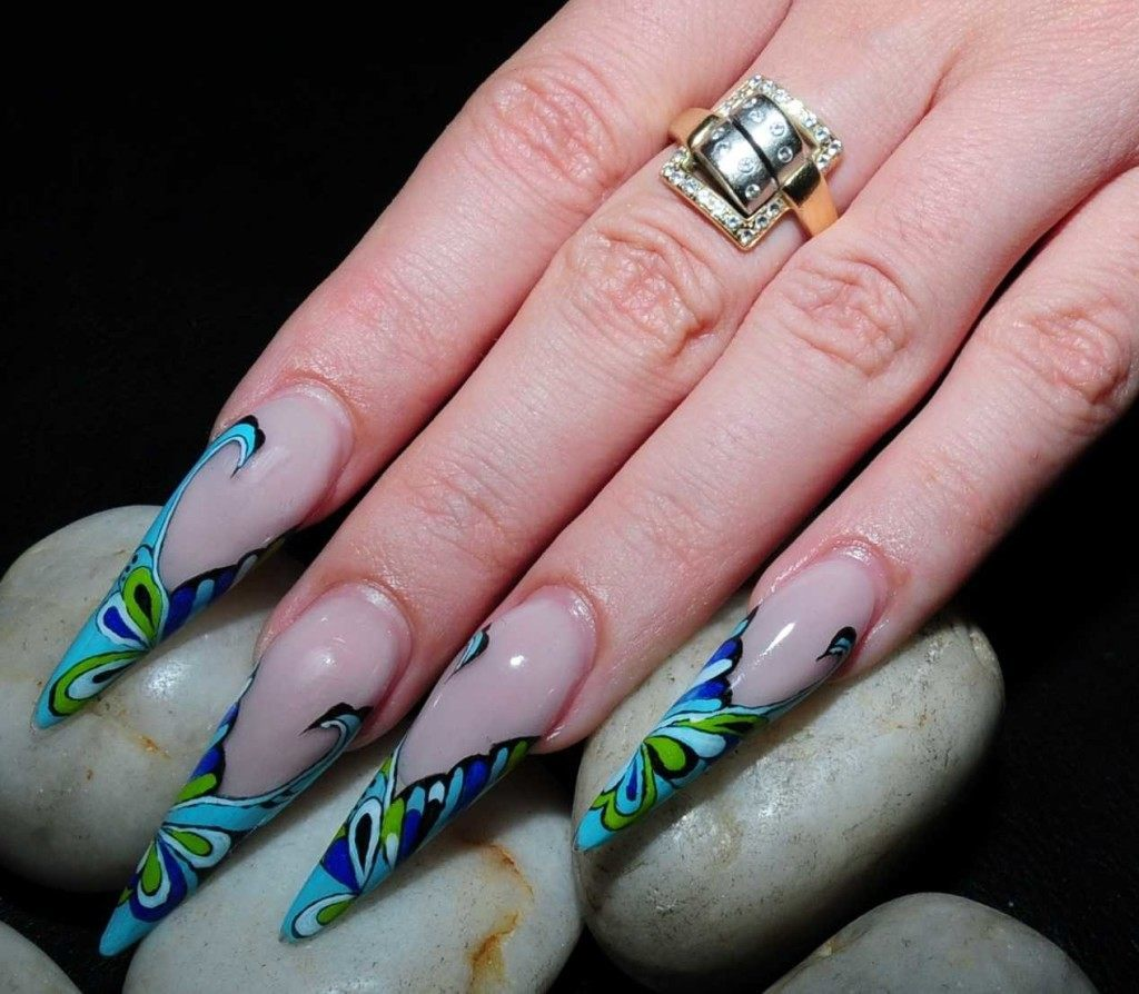 Stiletto nail a daring yes or dangersome no stiletto nail tips prinsesfo Choice Image