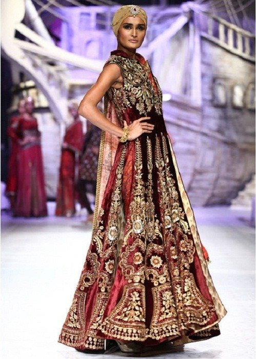 JJ Valaya at India Bridal Fashion Week 2013