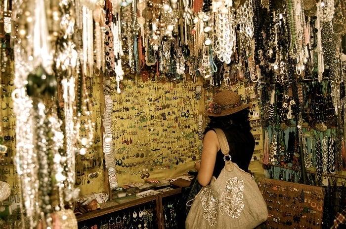 accessories street shopping hyderabad