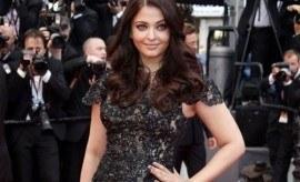 Has Aishwarya Rai Outshined Sonam Kapoor in Cannes 2013?