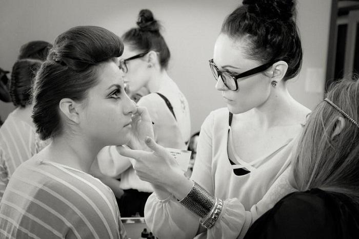 Best makeup school