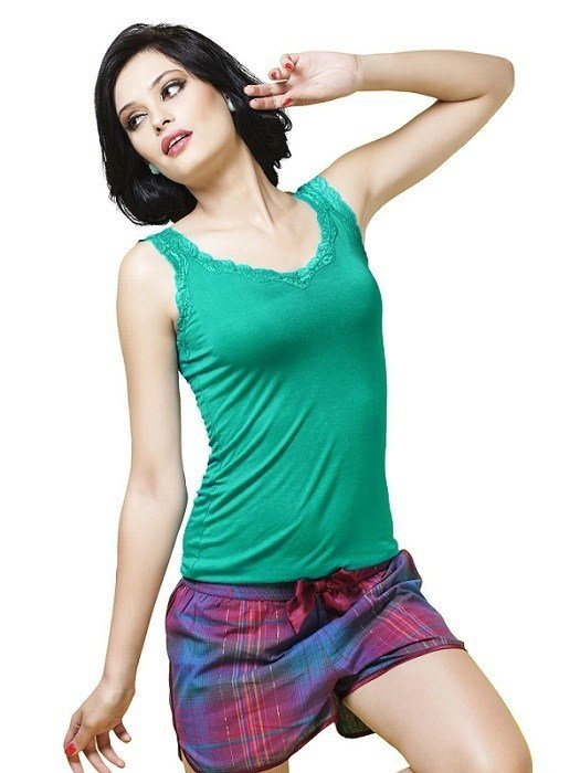 Bwitch Women Green Colour Camisoles girls