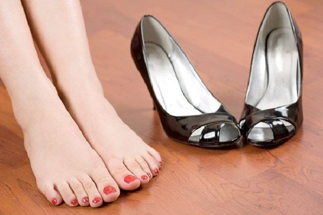How To Get Rid Of Smelly Feet And Shoes