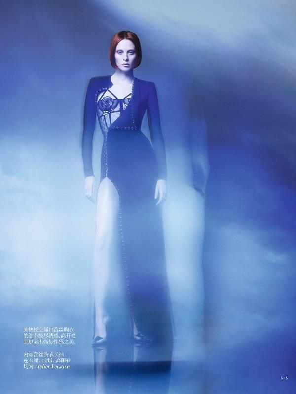Karen-Elson-Vogue-China-Oct-2013