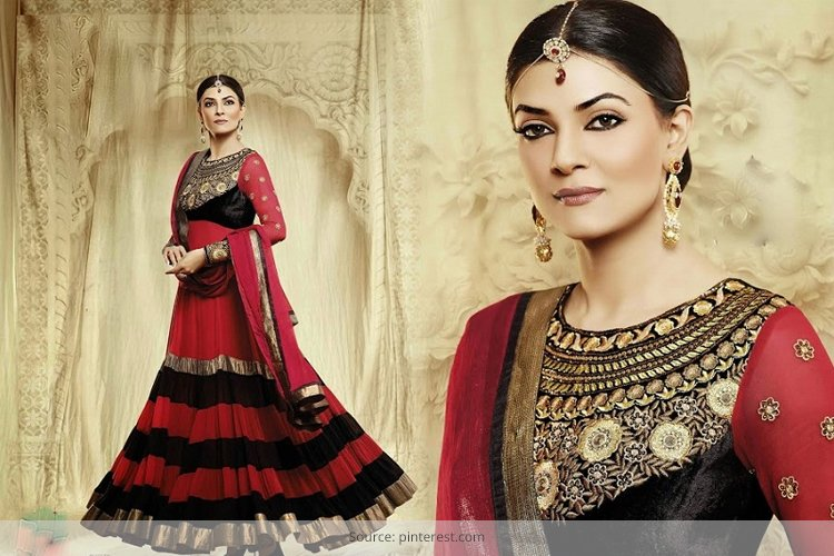 Sushmita Sen in Floor Length Anarkalis