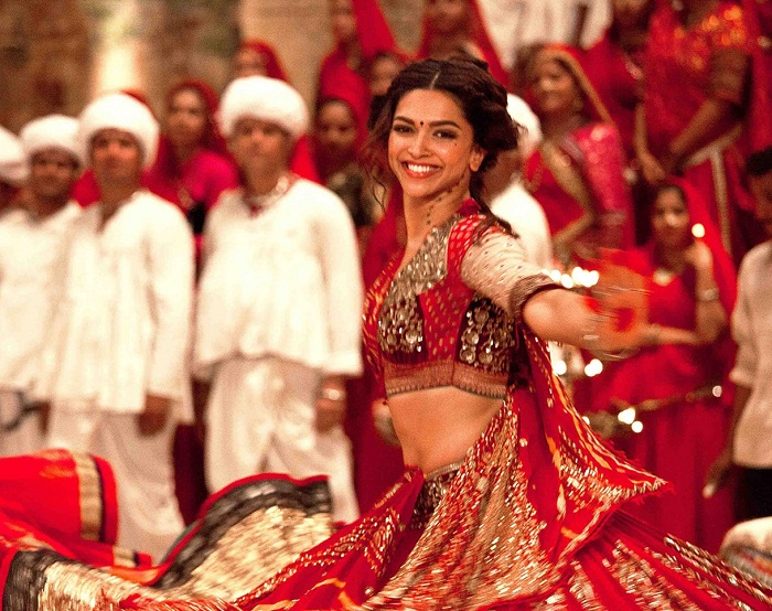 deepika padukone in red ghagra choli