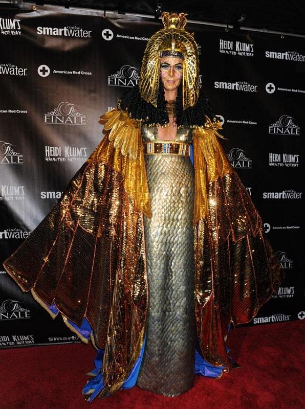 Heidi Klum Halloween Costume Cleopatra