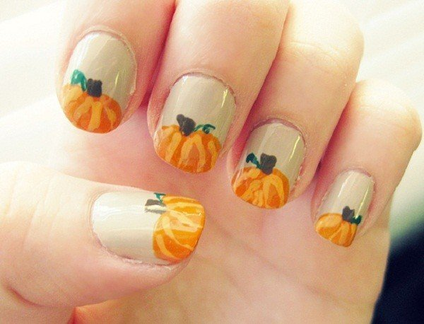 thanksgiving-pumpkin-nail-art-designs