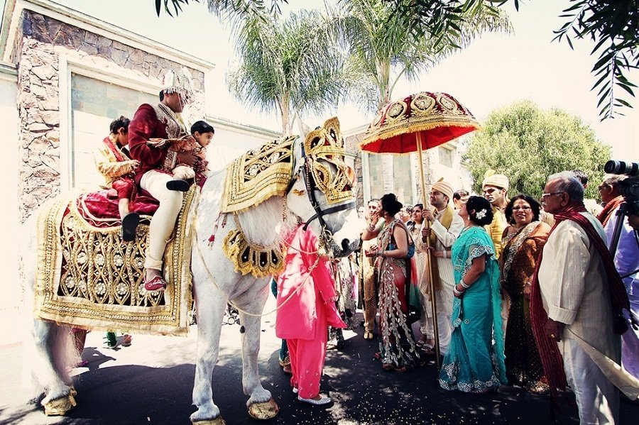 what-to-wear-to-a-baraat