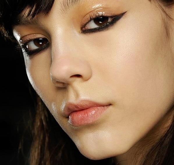 Kenzo cateye makeup