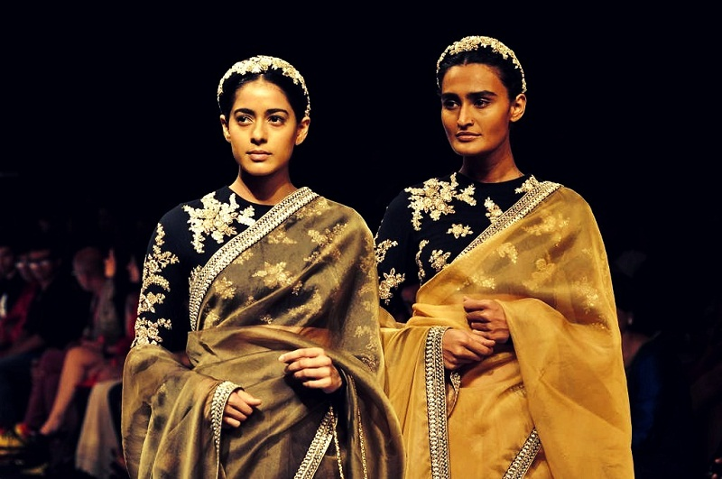 winter-essential-velvet-Sabyasachi-Mukherjee