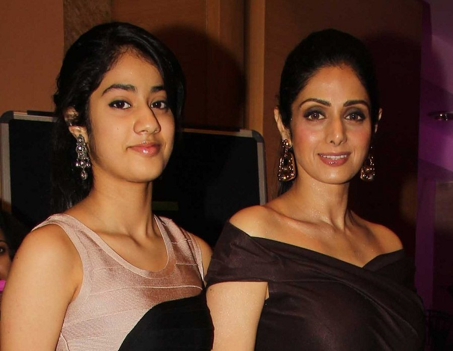 Sridevi-with-her-daughters-mother-daughter-fashion