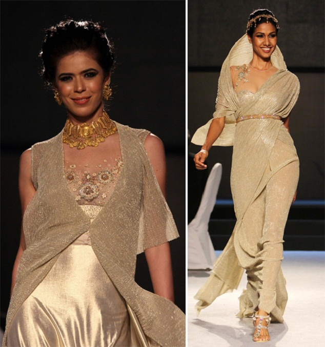 Tarun Tahiliani design at Gold Fashion Show