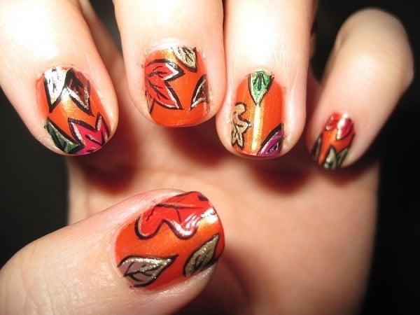 thanksgiving-autumn-leaves-nail-art-designs