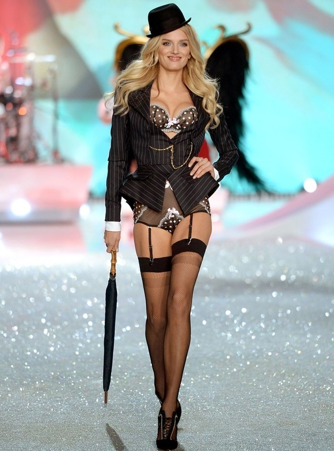 Lily-Donaldson-at-2013-Victoria's-Secret-Fashion-Show