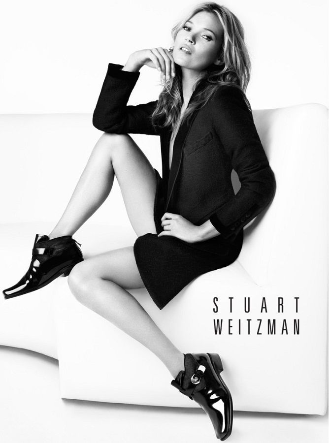 kate-moss-in-stuart-weitzman-ankle-boots