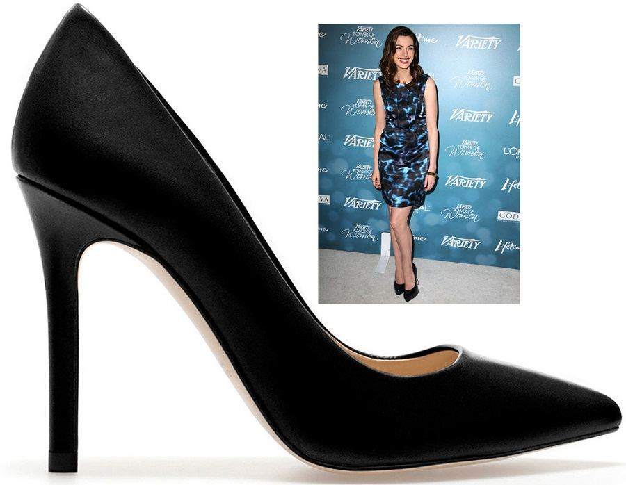 anne-hathaway-in-leather-pumps