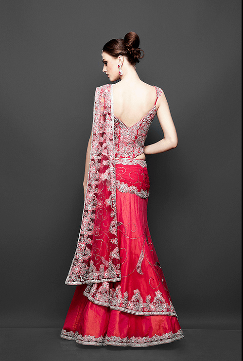 what-to-wear-to-sangeet-lehenga