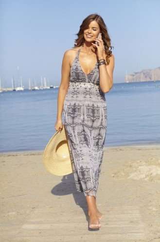 20 Fashionable Beach Outfit Ideas
