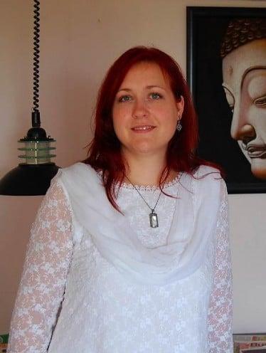 white lace salwar kamzeez for blue eyed woman