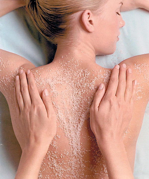 exfoliating-bodyscrub