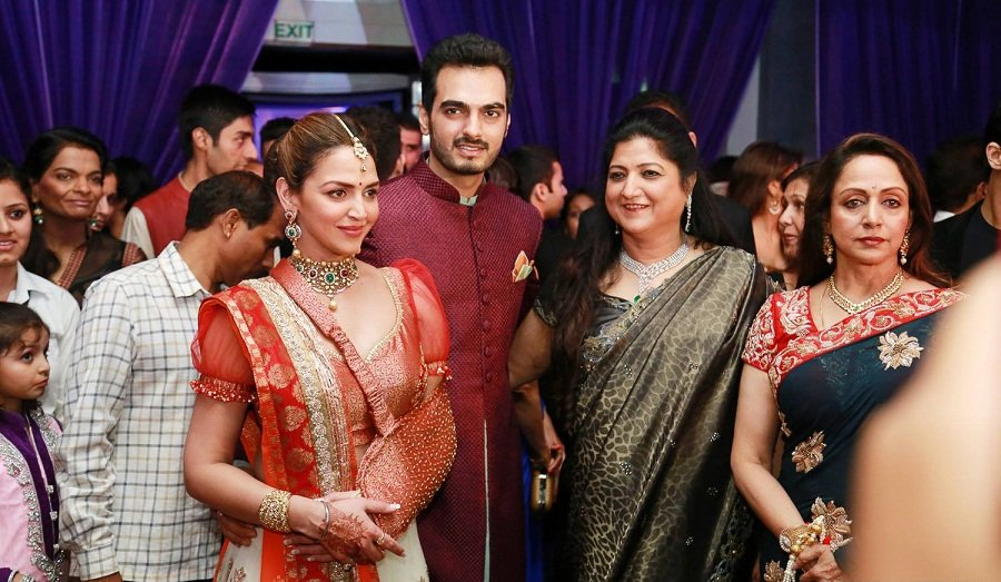 Esha-deol-Ahana-Wedding-Reception