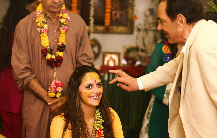 ahana-deol-wedding-haldi-ceremony