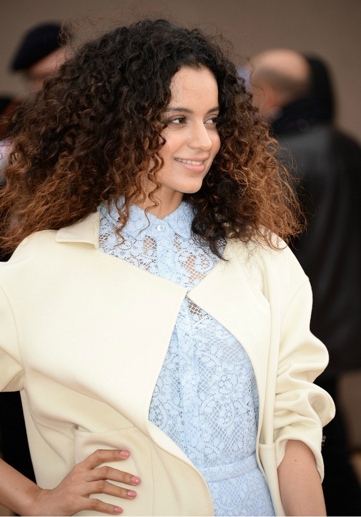 kangana-ranaut-burberry-london-fashion-week-2014