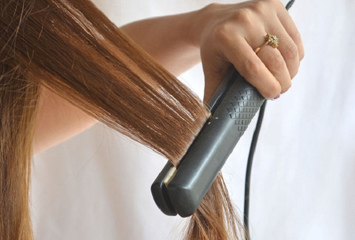 hair-straightening-tutorial