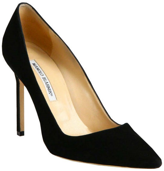 classic-pair-of-shoes-for-women-in-30s