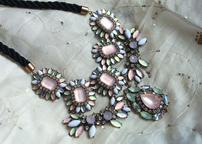 pink-statement-necklace
