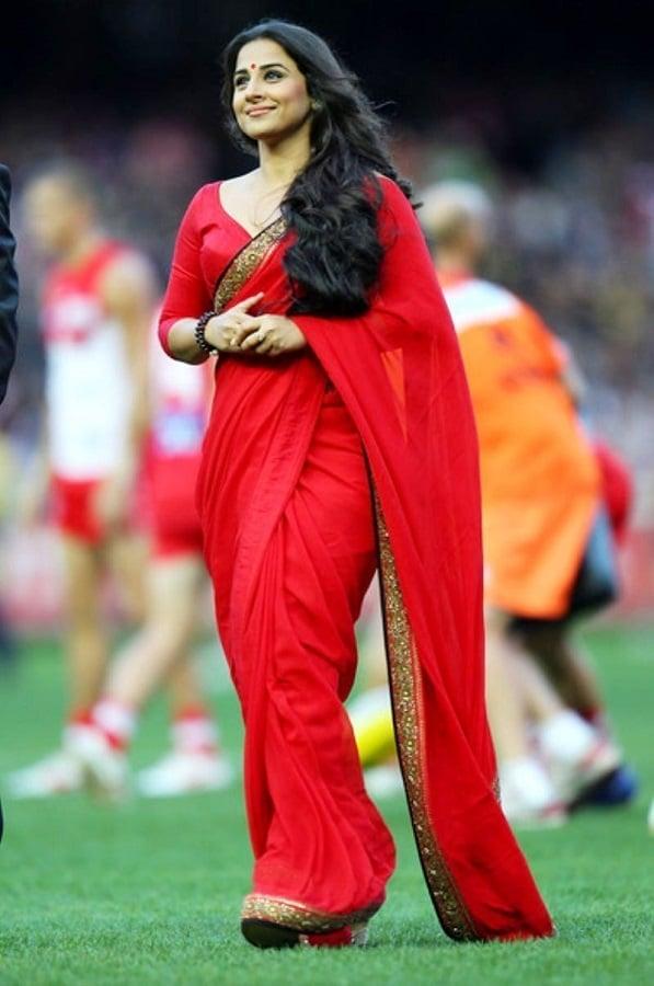 vidya-balan-red-saree