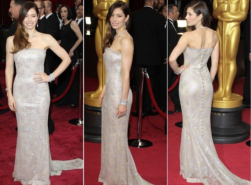 jessica-beil-oscars-2014-red-carpet