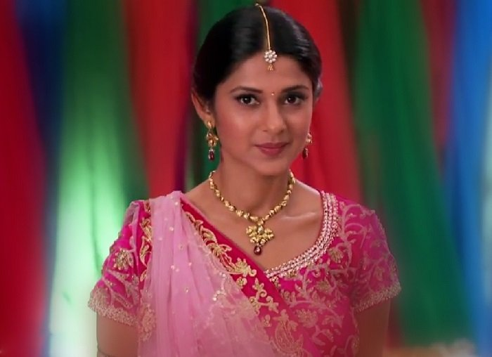 kumud-chaniya-choli-saraswatichandra
