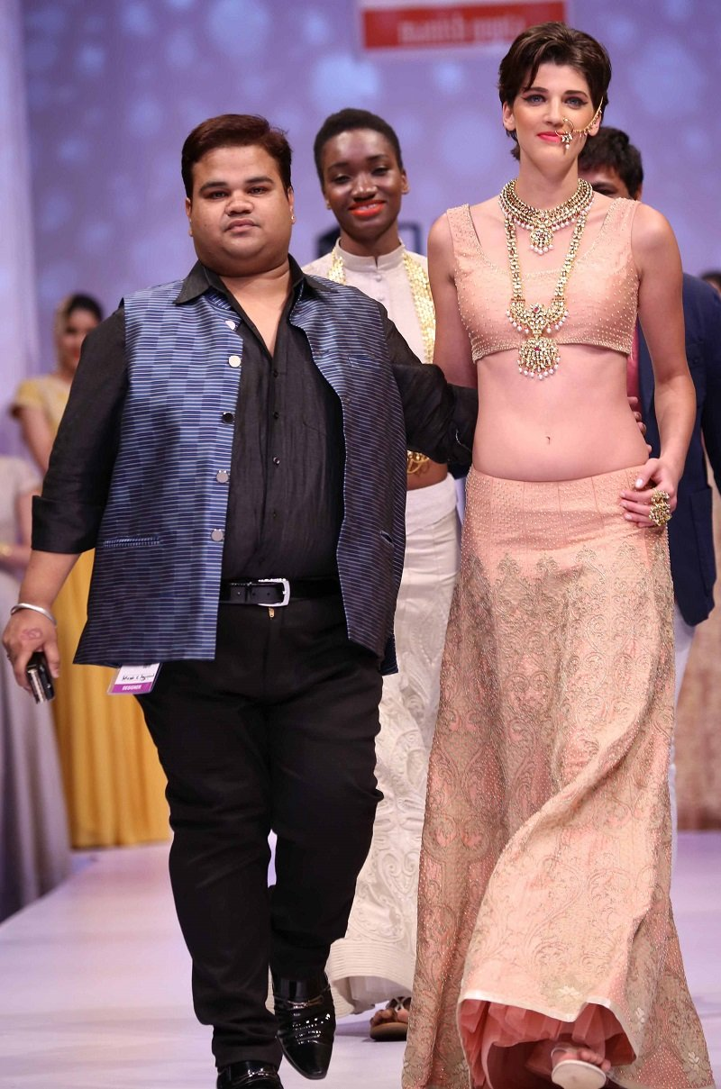 Premia-India-Runway-Week-Manish-Gupta-Shubhashini-Ornamentals-Akassh-Aggarawal