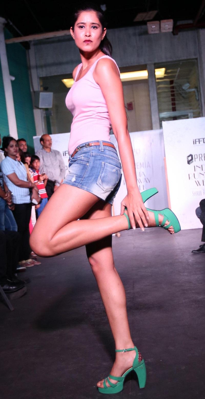 Premia-India-Runway-Swati-Modo's-Collection