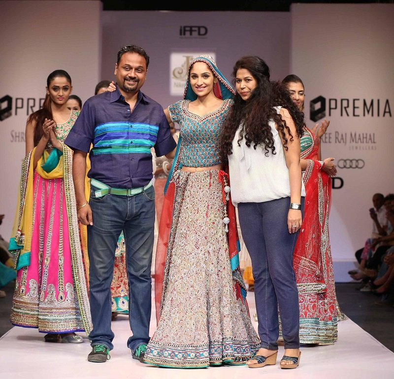 Premia-India-Runway-Week-Niket-Jainee