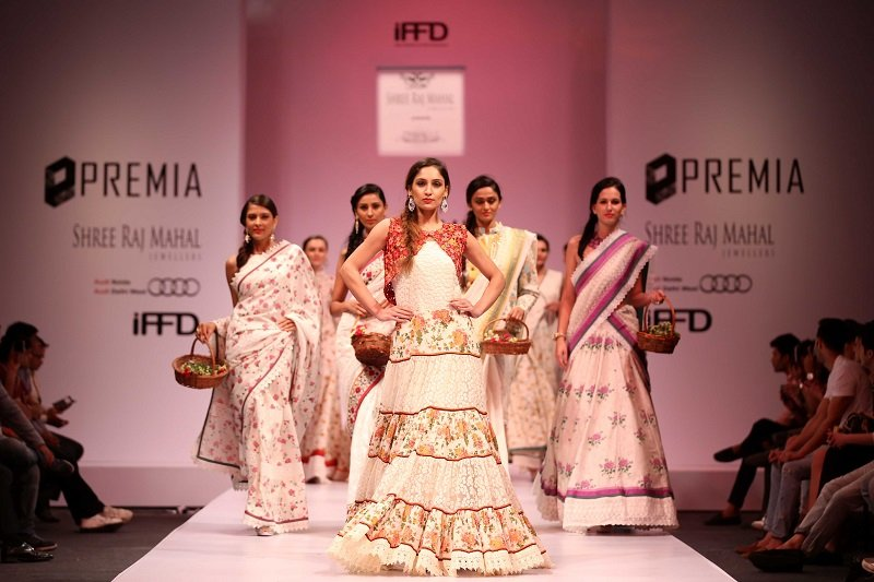 Premia-India-Runway-Shruti-Sancheti'-SRM-Jewellers