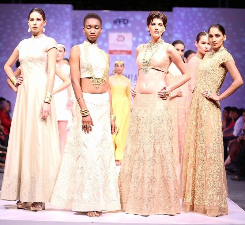 Premia-India-Runway-Week-Manish-Gupta