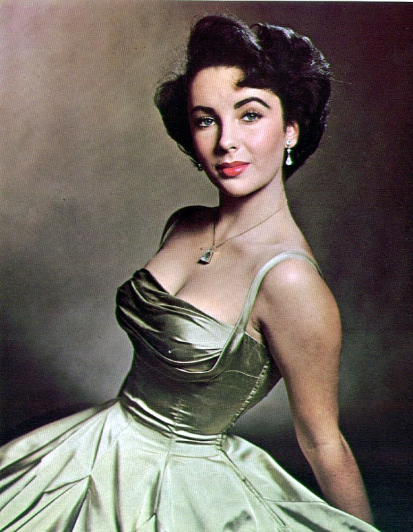 Brilliant Top 10 Reasons That Made Elizabeth Taylor Look So Attractive Hairstyle Inspiration Daily Dogsangcom